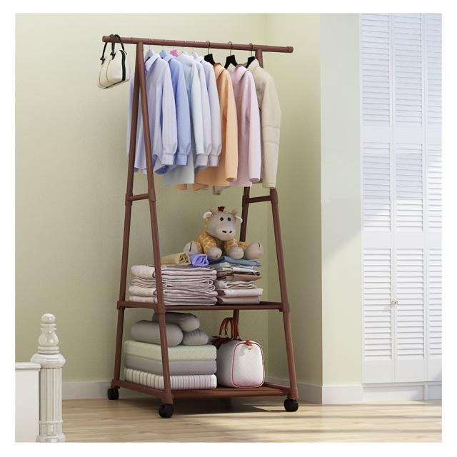 Simple clothes hanger rack