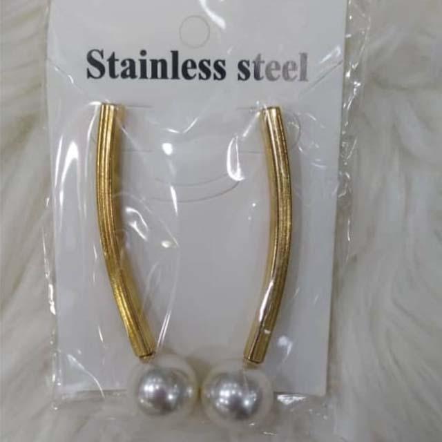 Sylil earring1