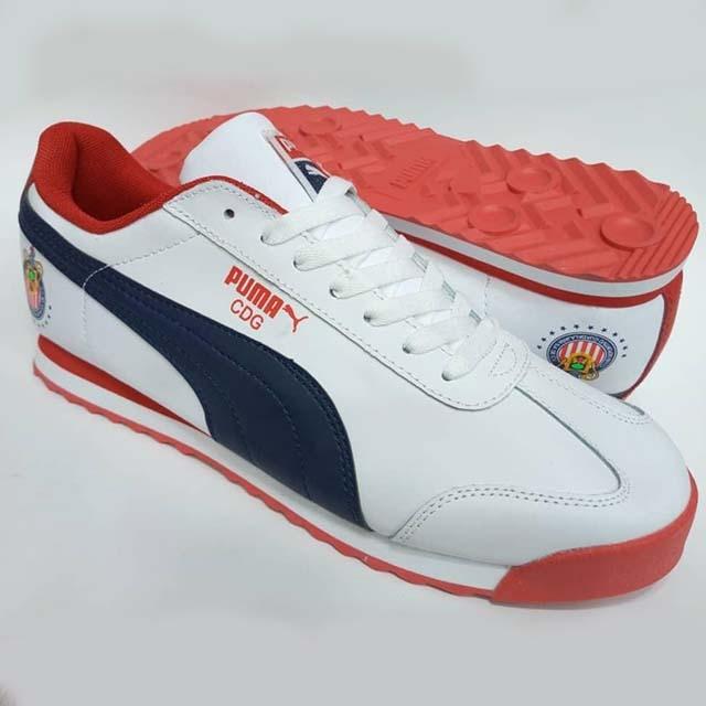 Ndali sneaker