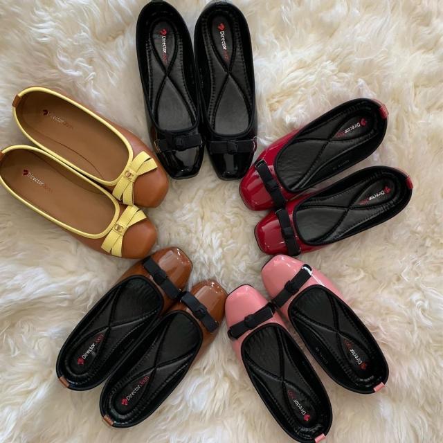 Simple Ladies Shoes