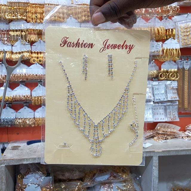 Beautiful Jewelry Set - 12 Piece (Dozen)