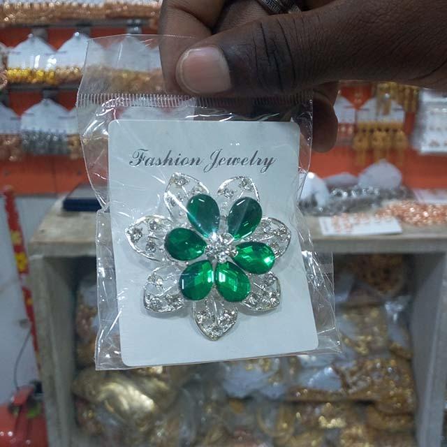 Hijab Flowery pins - 12 piece (Dozen)