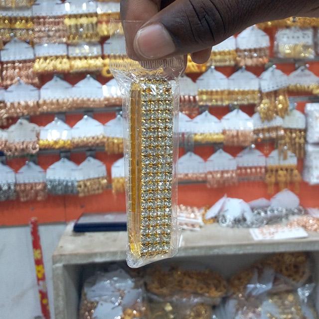 Stunning wrist bracelet  - 12 pieces (Dozen)