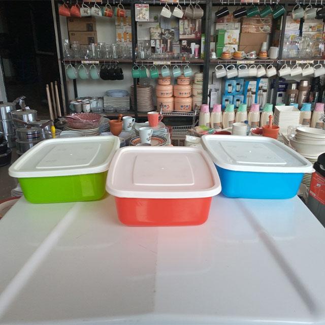 DeMo - Plastic container